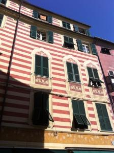 striped bldg Monterosso
